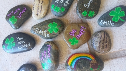 IE- Clovers for Courage painted rocks-web